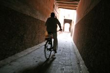 Free Bike On A Narrow Street Royalty Free Stock Photo - 1310845