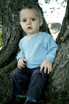 Free Little Boy Outdoors Royalty Free Stock Images - 1311409