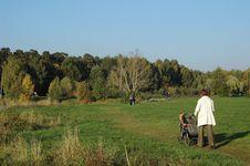 Free Autumn Park. Stock Photo - 1312060