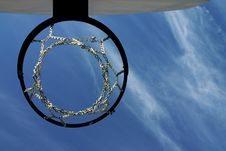 Free Lookin Up The Hoop Royalty Free Stock Photos - 1313348