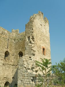 Free Ruins - Tower Of Old Fortress Royalty Free Stock Images - 1316159