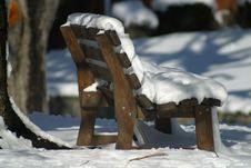 Free Snow Covered Bench Stock Photo - 1317910