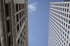 Free Downtown Highrise Under Blue Sky Royalty Free Stock Images - 1317999