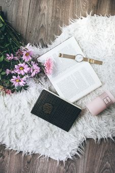 Free Flatlay Photo Of A Watch On Book Stock Images - 131017404