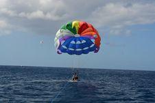 Free Parachute, Parasailing, Parachuting, Air Sports Stock Photos - 131081973