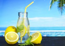 Free Clear Glass Jar And Citrus Fruits Stock Photo - 131201180