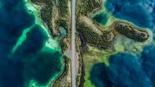 Free Aerial Photography Of Body Of Water And Road Royalty Free Stock Photography - 131201317