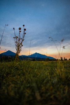 Free Overlooking View Of Mountains Under Dark Clouds Stock Photography - 131266362