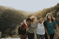 Free Four Women Standing On Mountain Royalty Free Stock Photography - 131330137