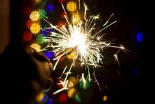 Free Person Holding Firework Royalty Free Stock Photography - 131422827