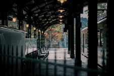 Free Train On Empty Subway Station Royalty Free Stock Photography - 131422897