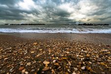Free Brown And White Pebbles On Shore Stock Photo - 131518590