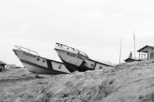Free Two Boats On Sand Stock Images - 131613164