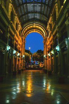 Free Empty Hallway During Nighttime Stock Photo - 131613220