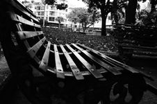 Free Grayscale Photography Of Bench Royalty Free Stock Photo - 131613605