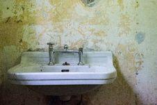 Free Sink, Wall, Plumbing Fixture, Bathroom Royalty Free Stock Photography - 131684257