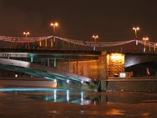 Free A Bridge In Evening Illumination Royalty Free Stock Images - 1320599