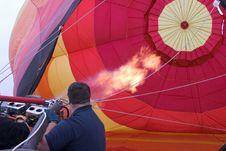 Free Inflating Hot Air Balloon Royalty Free Stock Image - 1322106