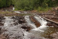 Free Split Rock River Waterfall Royalty Free Stock Photography - 1322387
