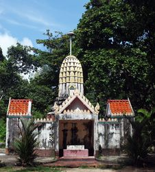 Free Buddhist Temple In Thailand Stock Images - 1327994