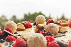 Free Close-up Photography Of Cake Toppings Royalty Free Stock Photo - 132036795