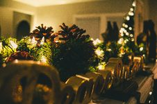 Free Selective Focus Photography Of Christmas Decorations Royalty Free Stock Images - 132106399