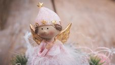 Free Selective Focus Photography Of Angel Ornament Royalty Free Stock Image - 132219236