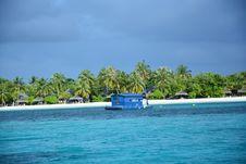 Free Coastal And Oceanic Landforms, Sea, Body Of Water, Tropics Royalty Free Stock Image - 132275436