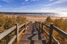 Free Photo Of Stairs Going Down To The Beach Royalty Free Stock Photo - 132670925
