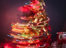 Free Christmas Tree With String Lights Royalty Free Stock Photo - 132761105
