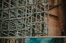 Free Two Person On Truss Tower Stock Photography - 132859422