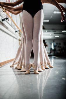 Free Women Doing Ballet Dance Near Pole Stock Photography - 132944942