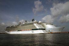 Free Cruise Ship, Passenger Ship, Ocean Liner, Ship Stock Images - 132949294