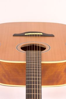Free Acoustic Guitar Royalty Free Stock Photography - 1331137
