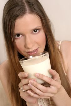 Free Girl Drinking Milk Royalty Free Stock Photography - 1331317
