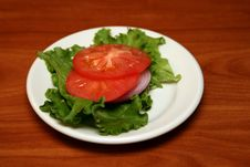 Free Tomato On Salad Royalty Free Stock Photos - 1332348