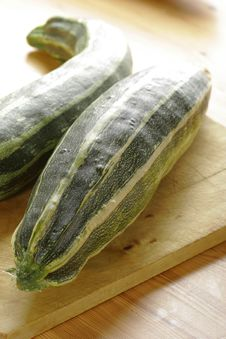 Free Zucchini Royalty Free Stock Image - 1333926