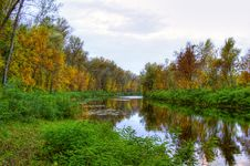 Free Autumn Landscape Of River And Trees Royalty Free Stock Photo - 1334105