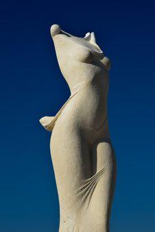Free Sculpture, Sky, Classical Sculpture, Trunk Stock Photos - 133463053