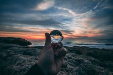 Free Person Holding Clear Glass Sphere Stock Photography - 133489202