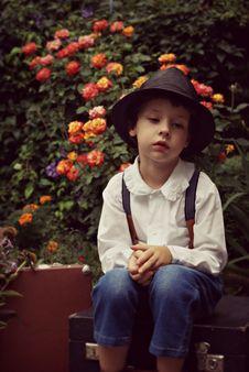 Free Photo Of Boy Sitting Alone Royalty Free Stock Photo - 133489425