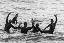 Free Five Surfers Having Fun On The Sea Royalty Free Stock Photos - 133489858
