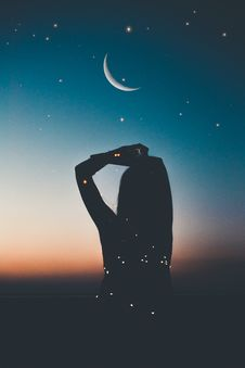 Free Silhouette Of Person Under Starry Night Artwork Royalty Free Stock Image - 133728936