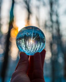 Free Photo Of Person Holding Crystal Ball Royalty Free Stock Photos - 133729158