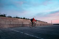 Free Man Riding On Bicycle Stock Photo - 133792230