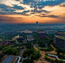 Free Aerial View Of City During Sunset Stock Photos - 133893253