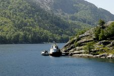 Free Boat In Fjord Royalty Free Stock Photography - 1340877