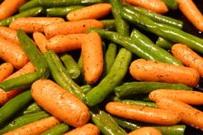 Free Green Beans And Baby Carrots Royalty Free Stock Images - 1343369