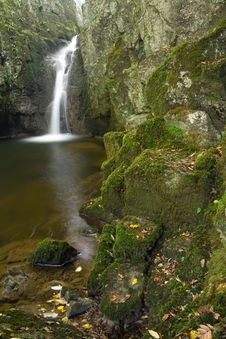 Free Waterfall In Yorkshire Dales Stock Images - 1344104