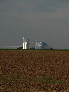 Free Grain Storage In West Texas Stock Image - 1344911